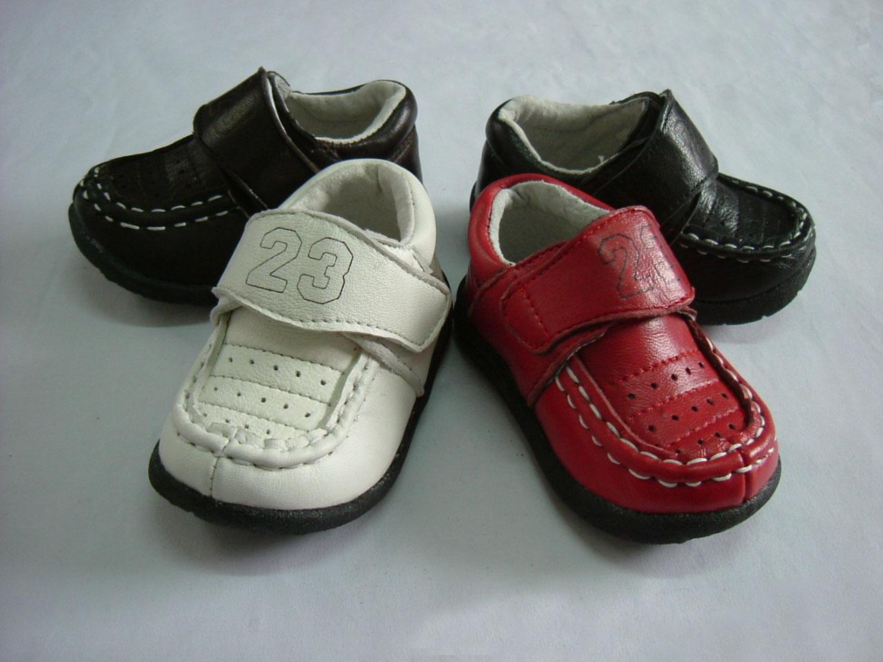 学步单皮鞋
