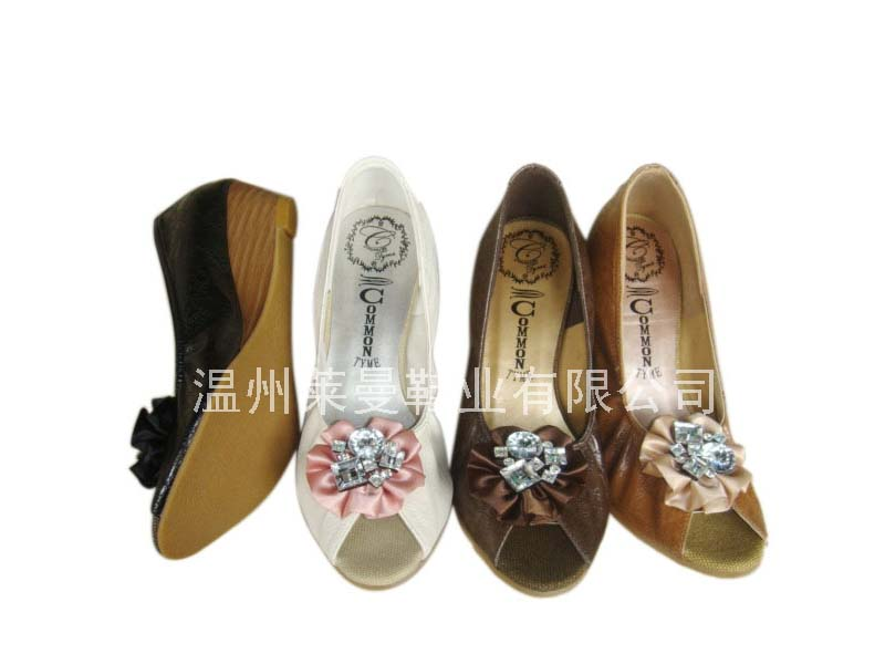 莱曼→时尚单鞋 DSC04655