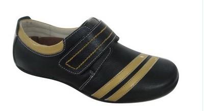 女式皮革鞋