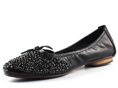 ROEBLAN(依百兰)金属小羊皮水钻小圆头平底芭蕾舞鞋 1006-1A
