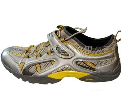 奇安特时尚运动鞋新款上市02