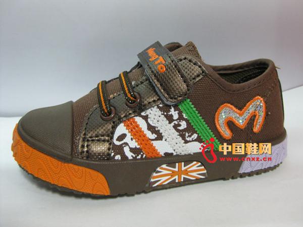 盟盟兔时尚童布鞋004新款上市