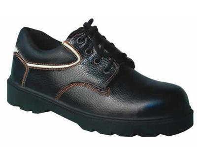 万利男式皮鞋,04新款上市