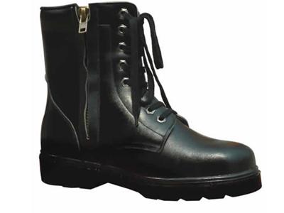 万利男式皮鞋,05新款上市