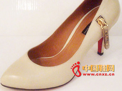 六榕时尚女鞋C11-68101-15 新款上市