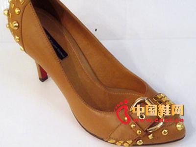 六榕时尚女鞋C11-68101-1  新款上市