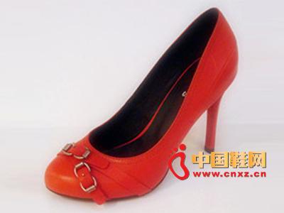 六榕时尚女鞋新款上市