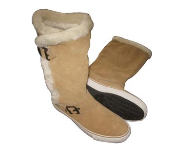 亿诺休闲鞋,02新款上市