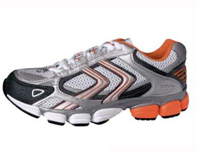 东创休闲运动鞋,03新款上市
