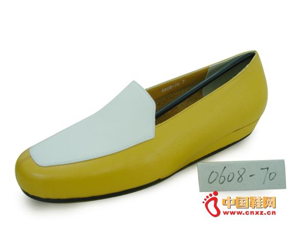 """""""易发易""""女士时尚休闲皮鞋0608-70新款上市"""