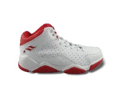 雷洛时尚运动鞋,01新款上市