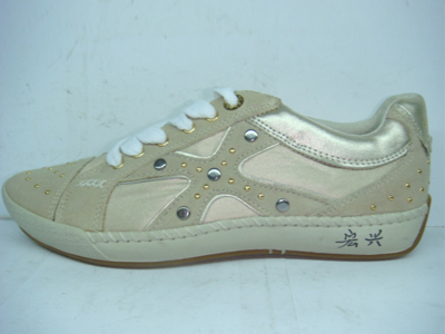 宗盛休闲运动鞋,02新款上市
