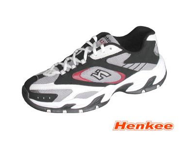 先吉时尚运动鞋,06新款上市