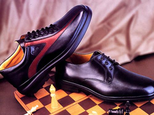 卡地爵士时尚男士皮鞋,01新款上市