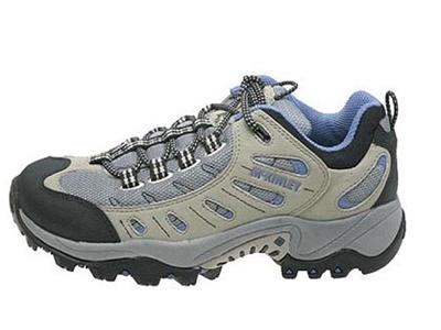 福兴时尚运动鞋,01新款上市