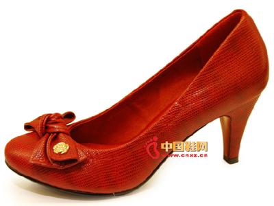 比士尼时尚女鞋,03新款上市