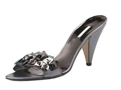 比士尼时尚女鞋,04新款上市