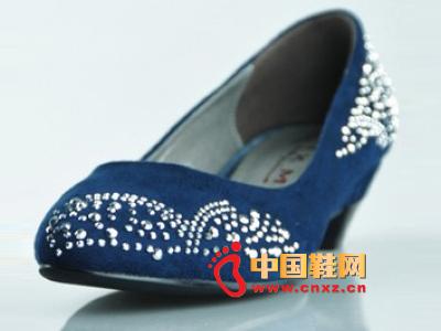 金熊猫2012时尚女士单鞋JXM A58-9新款上市