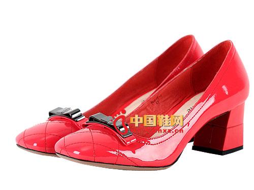卡曼其C051026款蝴蝶结舒适高跟百搭时尚淑女鞋原价1080元