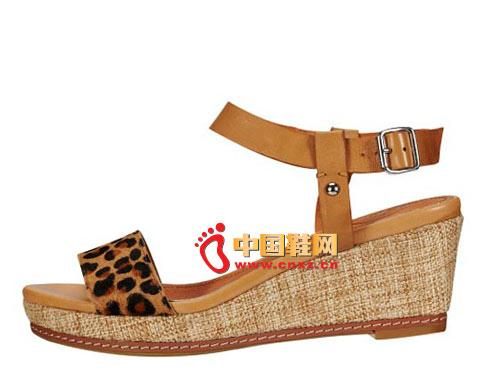 斯艾依豹纹系扣时尚坡跟鞋时尚凉鞋03