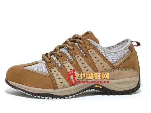 宝驼棕色系带透气简便时尚男女登山鞋01