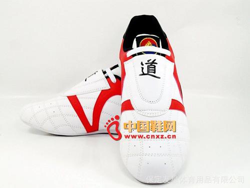 尚武社pinetree 正品  白色凯旋 专业跆拳道道鞋03