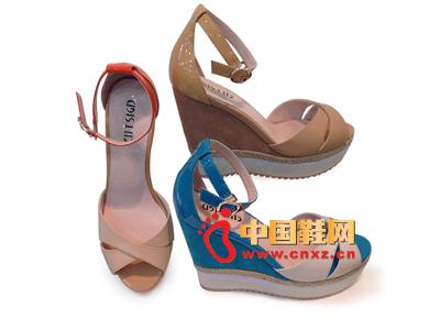 都市情人2013春季新品防水台拼色系扣坡跟女凉鞋