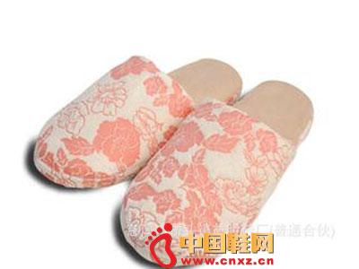 中国风牡丹花纹棉拖鞋