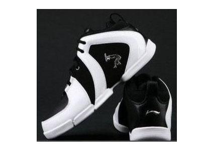 篮球步鞋子361
