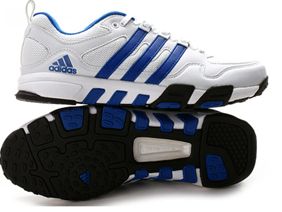 阿迪达斯运动鞋qq1014