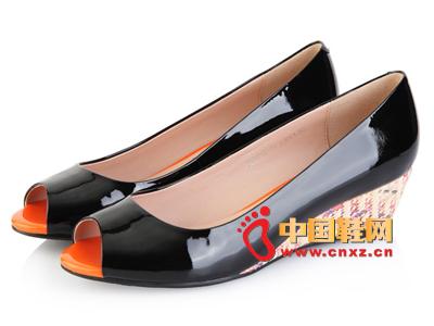 沃格女鞋面粉完美单鞋时尚鱼嘴坡跟女时尚35气场副产品图片