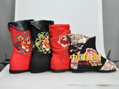 花纹优雅古典风女靴