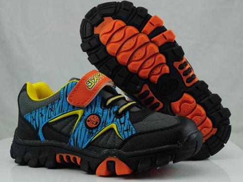 中国鞋网批发?#22363;?