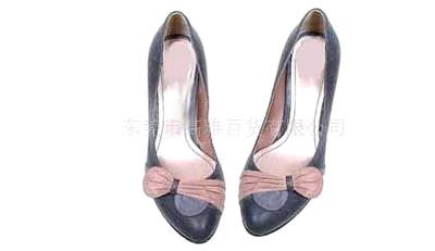 女式休闲皮鞋