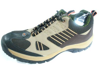 轻工业 登山鞋 有限公司/登山鞋