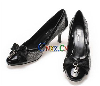 浪漫蝴蝶复古鞋-达芙妮 为你倾情寻觅梦想之鞋