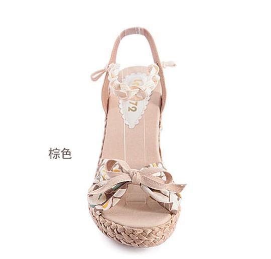 草编坡跟绑带花布蝴蝶结凉鞋