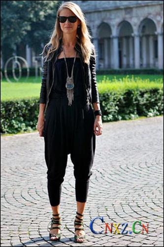 黑皮夹克 街头罗马鞋穿着的对与错