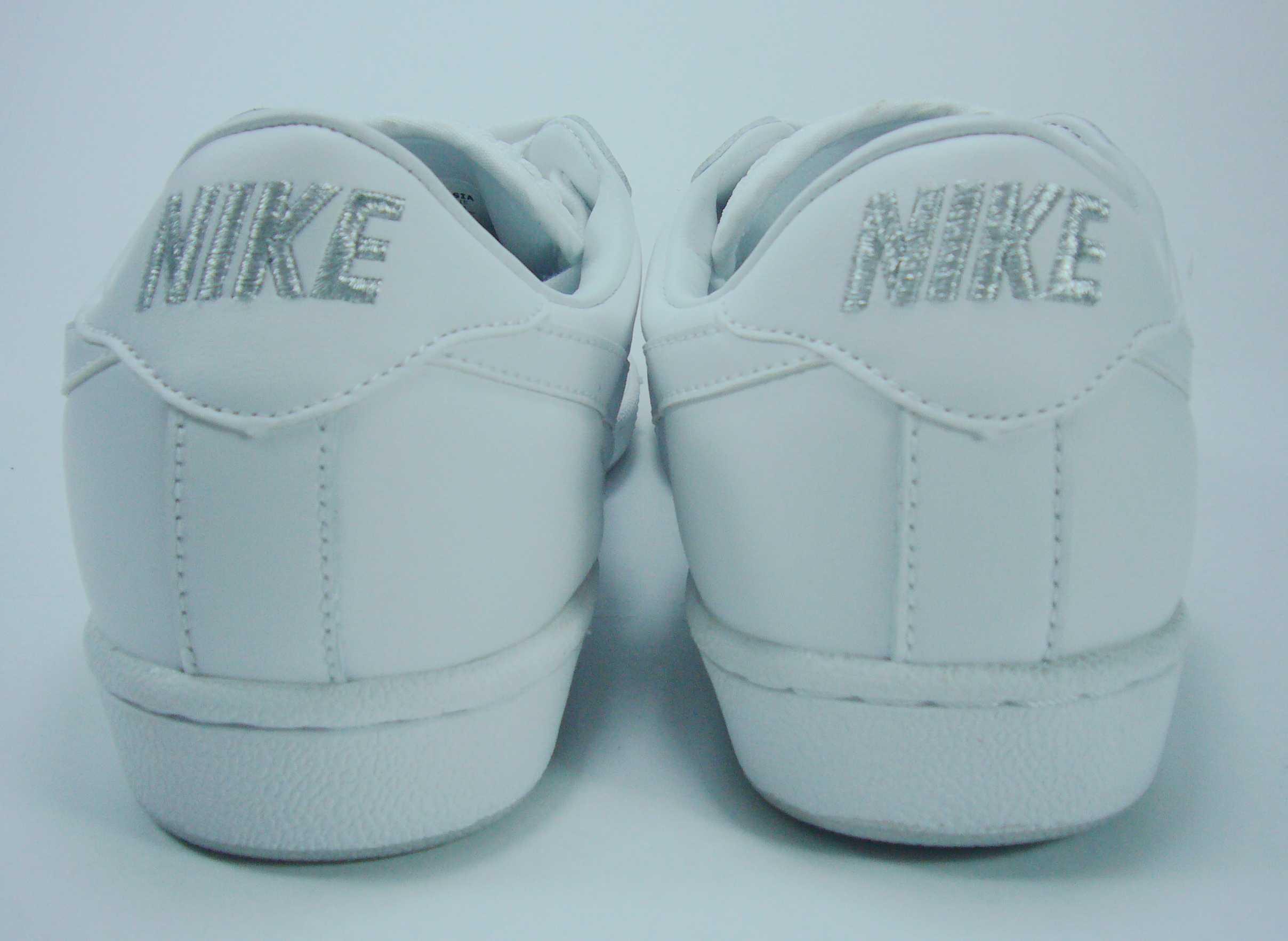 批发耐克时尚男板鞋8810—4白色/白红