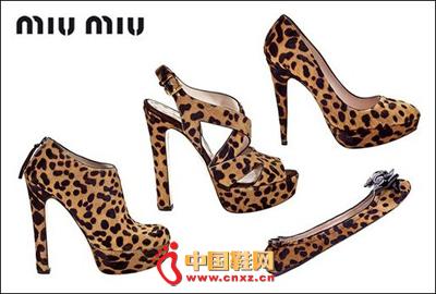 2010秋冬miumiu女鞋新款公布