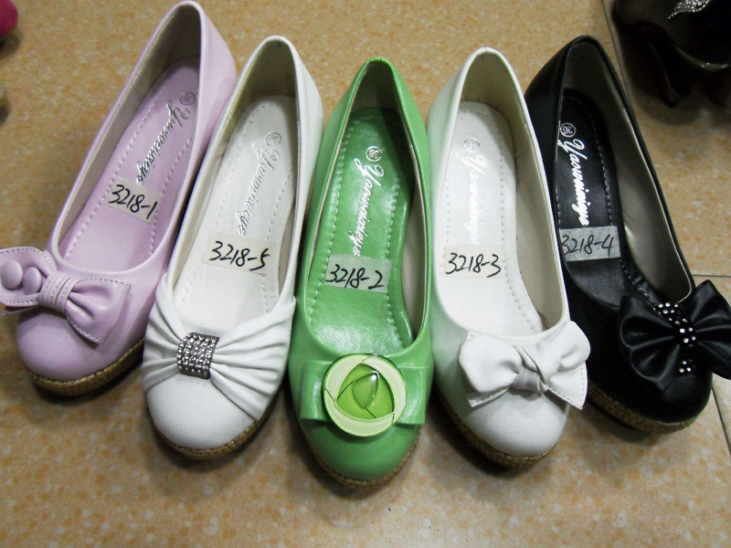 韩版pu面圆头女装坡跟秋鞋