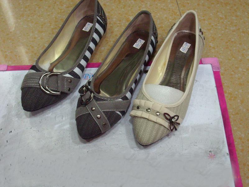 时尚饰扣女装秋鞋