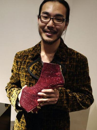 lady gaga的专属鞋履设计师