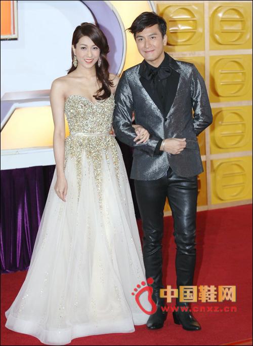 TVB万千星辉颁奖礼 众星奢华鞋服亮相红毯-星运鞋缘-中国鞋网