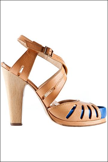 米黄色镂空凉鞋-2012春夏女鞋 春夏女鞋 春夏系列女鞋