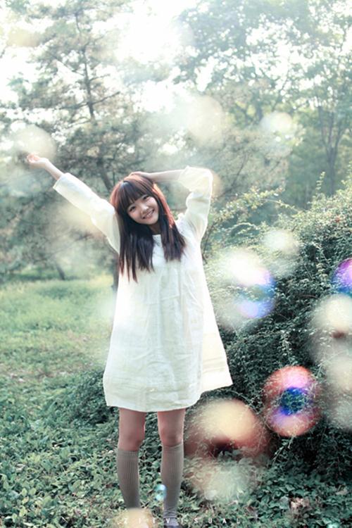 曹苑梦幻童话写真 尽显纯真可爱萝莉美