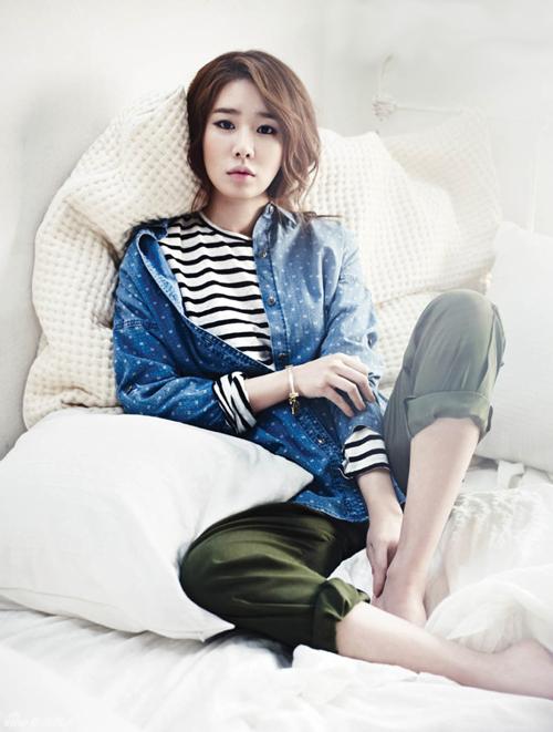 韩星刘仁娜时尚杂志写真 展现甜美魔力