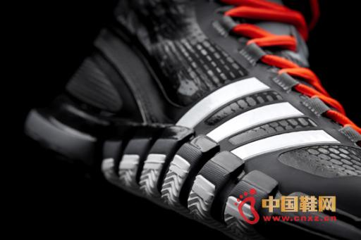 adidas crazyquick 黑白配色球鞋