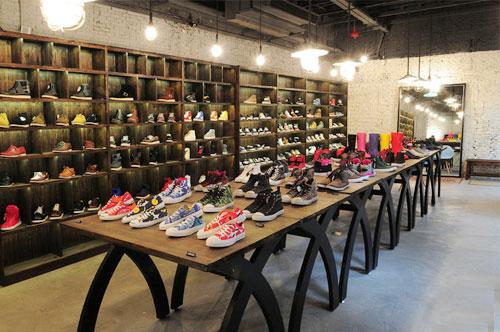 街头搜店】香港地区以时尚及潮流元素为主题的运动鞋链锁品牌dahood
